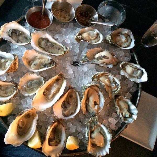 Virgola-Oysters.jpg